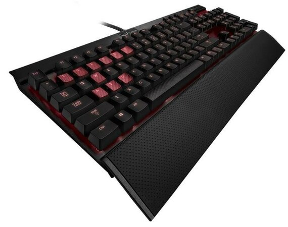 Corsair Gaming K70 CHERRY MX RED USB